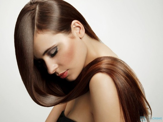 Tips-for-properly-caring-straightening-hair-to-avoid-damages-2