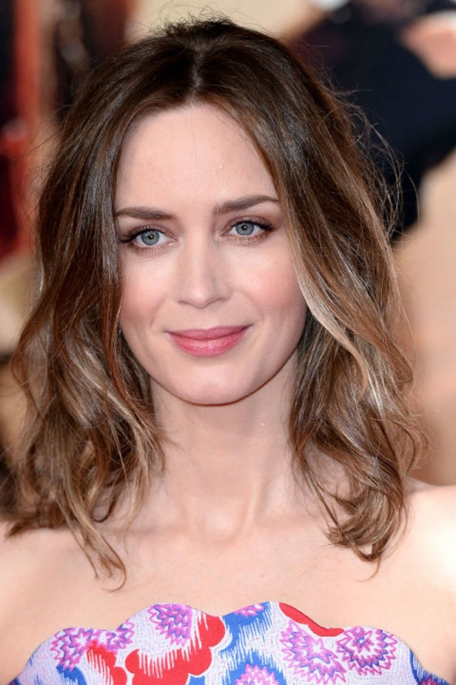 Highlight dyed hair trend of hollywood beautiful girls highlight dyed hair trend 15 pmusecretfo Choice Image