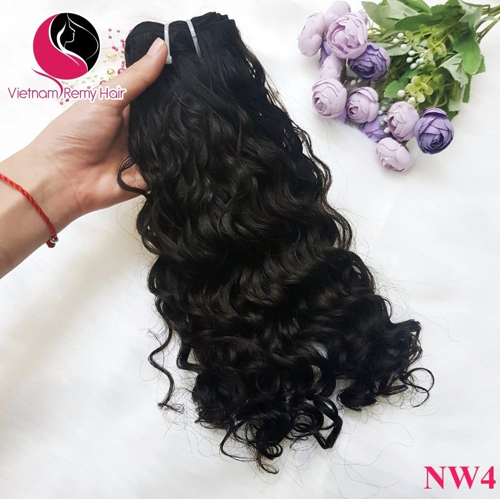 Things to know when using wavy curly weave hairstyles.