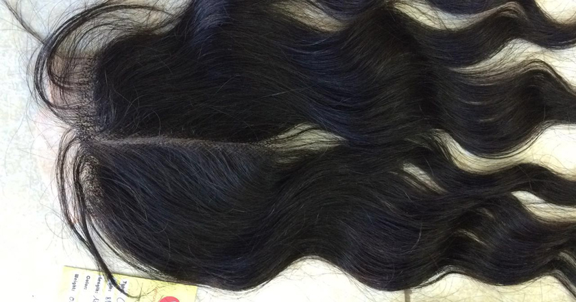 20 inches Middle Part Wavy Lace Closure 4x4 2